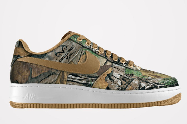 Nike Air Force 1 Realtree Camouflage