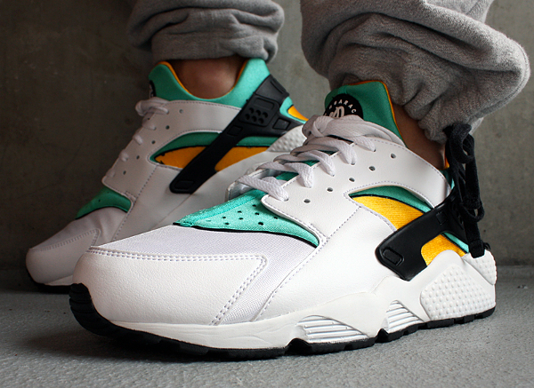 a0392e140113 ... la nike air huarache og white sport turquoise university gold. modèle  de 2013. photo