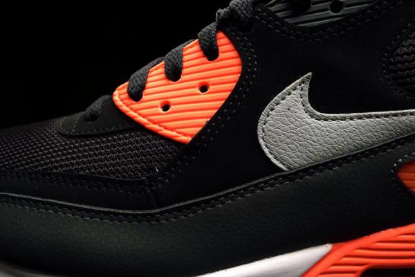 Où acheter la Nike Air Max 90 Essential BlackAtomic Red ?