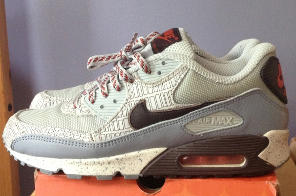nike-air-max-90-staple