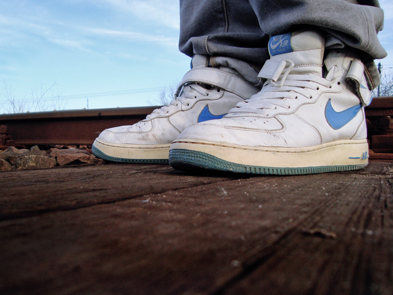 buy popular 03b06 ebc41 Comment porter les Nike Air Force 1 (Low, Mid, High) ?