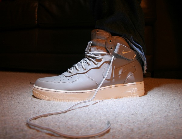 nike-air-force-1-mid-white-grey-Paul Simmons