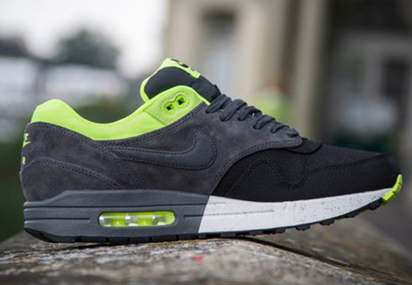 Nike Air Max 1 Black/Anthracite Volt