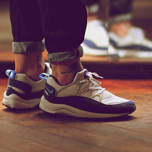 nike-huarache-light-goldketten_mann