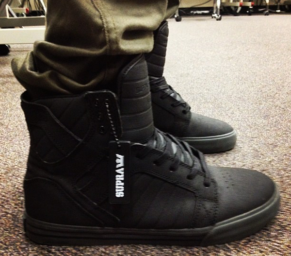 supra-skytop-all-black-averagekevin