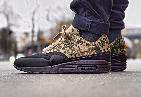 Nike Air Max 1 Camo Family And Friends - Overkill
