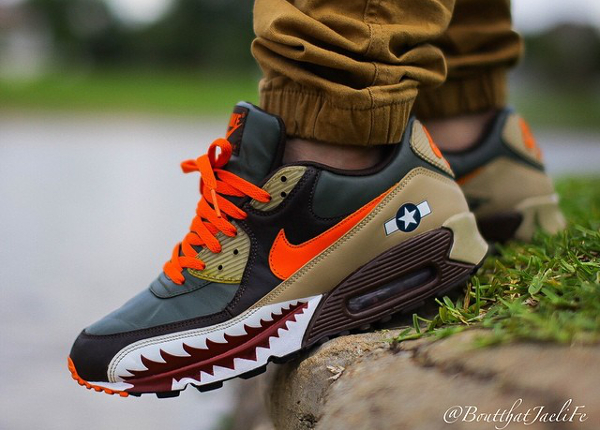 separation shoes 29267 e3445 Nike Air Max 90 Hawk - Boutthatjaelife