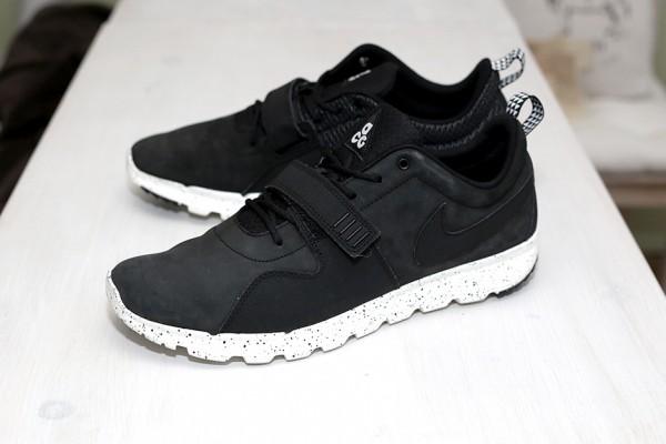 Nike SB Trainerender ACG Black & White 2014 (2)