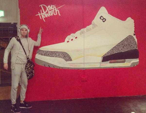 Une peinture géante de la Air Jordan 3 White/Cement