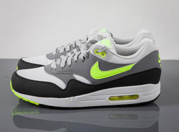 quality design d8508 0fadd Nike Air Max 1 Essential Dusty Grey