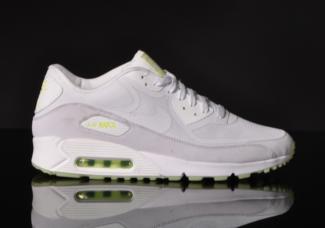 Nike Air Max 90 Ultra Essential (Womens) Pure PlatinumStealth