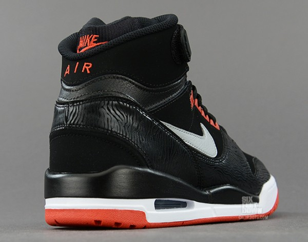 nike-air-revolution-bred-1