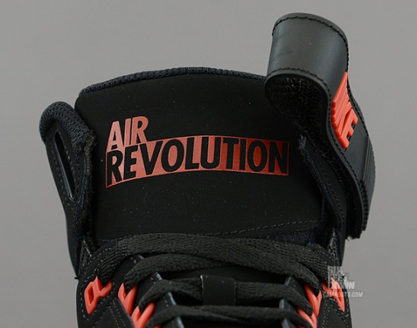 nike-air-revolution-bred-3