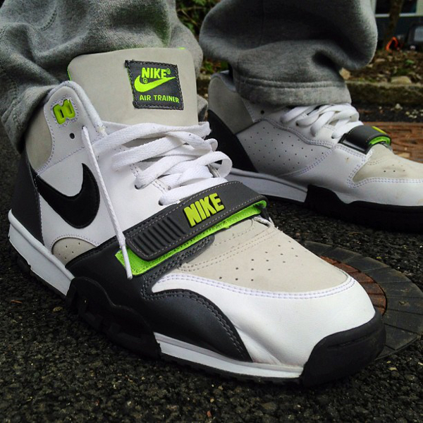 nike-air-trainer-1-mid-white--black-neon-shuge77