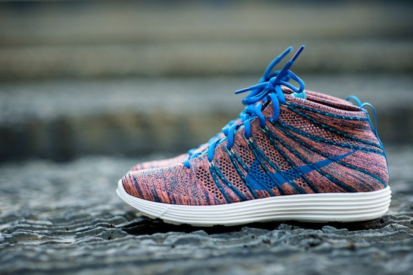 nike-lunar-flyknit-chukka-photo-blue