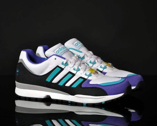 Adidas-Torsion-Integral-S-OG-white-ultra-green-1