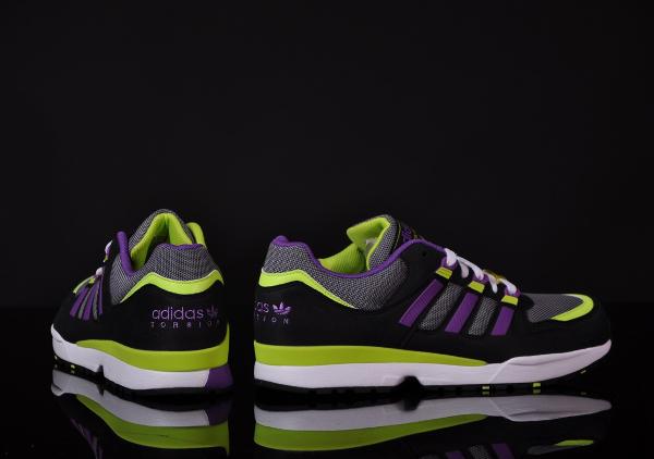 Adidas-Torsion-Integral-S-aluminium-slim-black-2