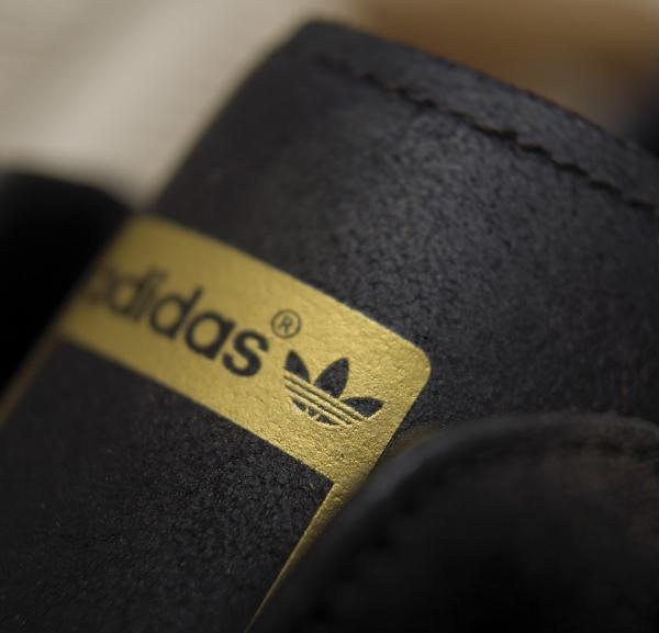adidas-originals-hook-shot-stitch-turn-3