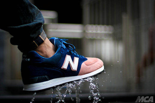 New Balance 574 Salmon Toe