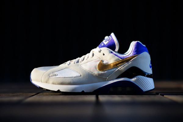 nike-air-180-summit-white-metallic-gold-bright-concord-4