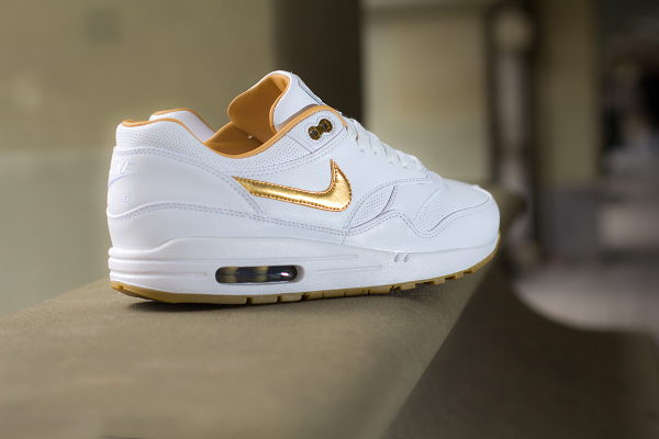 Nike Air Max 1 FB Woven White Metallic Gold
