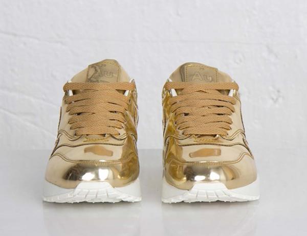 nike-air-max-1-metallic-gold-