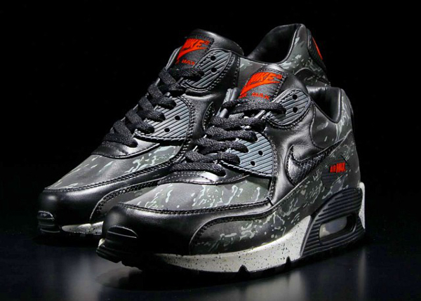 "Nike Air Max 90 Atmos ""Black Tiger Camo"""