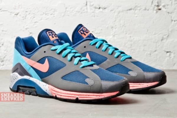 Nike Air Max Terra 180 Parachute Gold & Blue/Atomic Pink