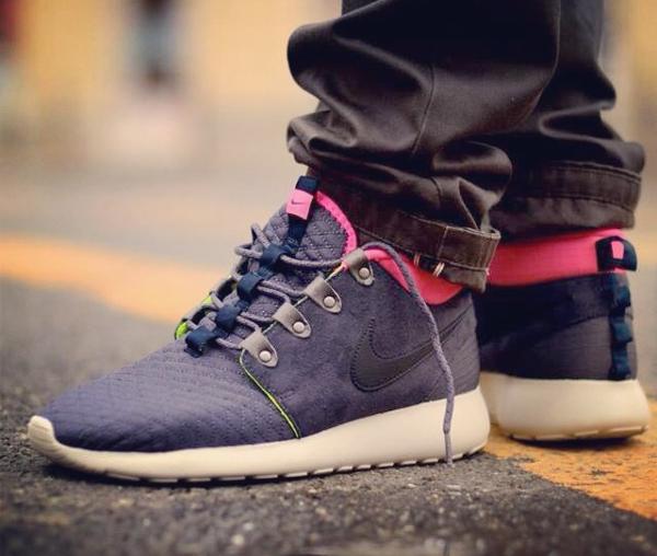 nike-roshe-run-sneakerboot-CHMIELNA20