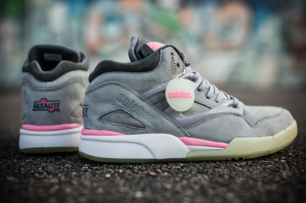 reebok-pump-omni-lite-solebox-glow-in-the-dark-3