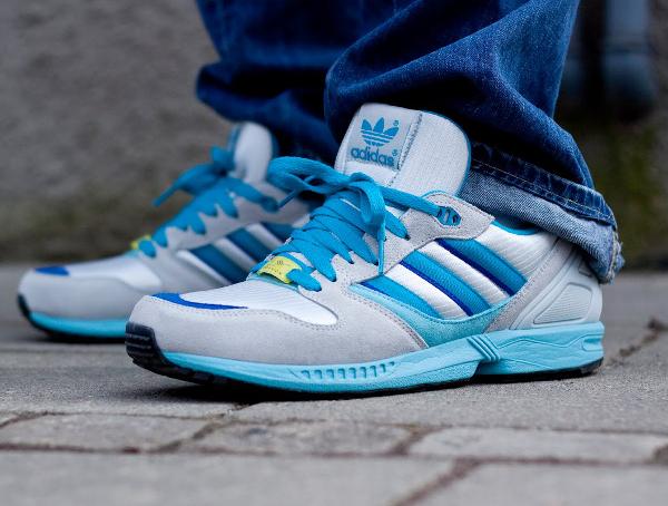 chaussures de sport f4c12 8d863 adidas zx 5000 Blue