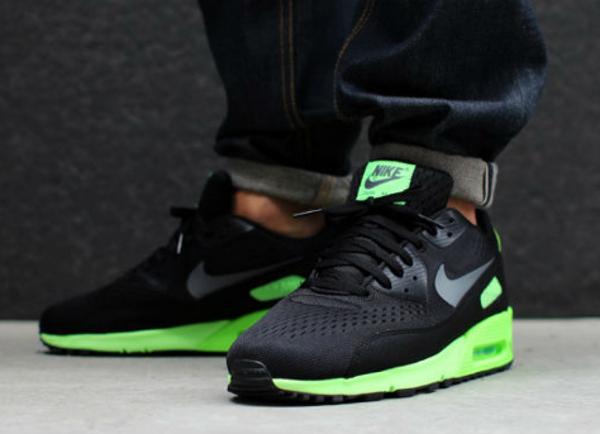 Nike-Air-Max-90-prm-comfort-em-black-flash-lime