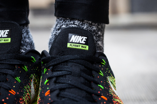 Nike-Flyknit-Air-Max-Atomic-Orange-Electric-Green-Volt-Black-04