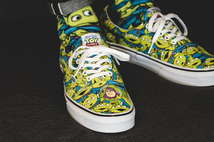 vans-era-toy-story-alien