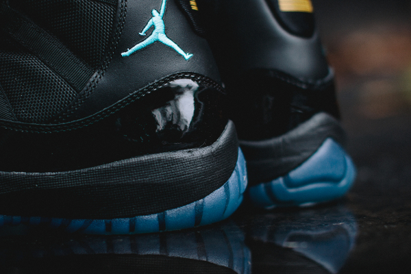 air-jordan-11-gamma-blue-12