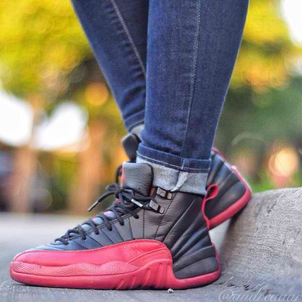 air-jordan-12-black-red-Andreaaar