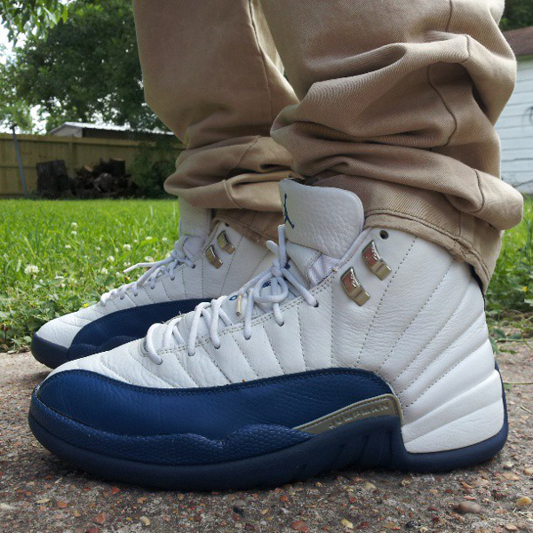 air-jordan-12-french-blue-melting_sole-1