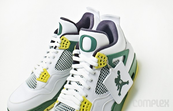 air-jordan-4-oregon-jumpduck (4)