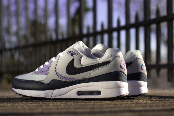 Nike Air Max Light Dark Obsedian/Wolf Grey