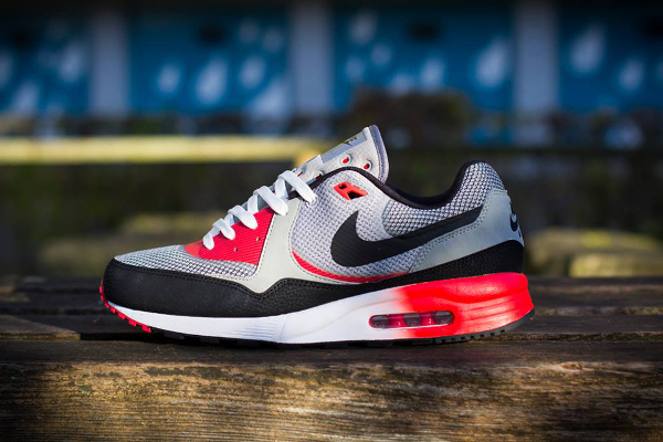 nike-air-max-light-c1.0