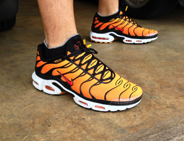 buy popular bd124 922ba nike air max plus sunset
