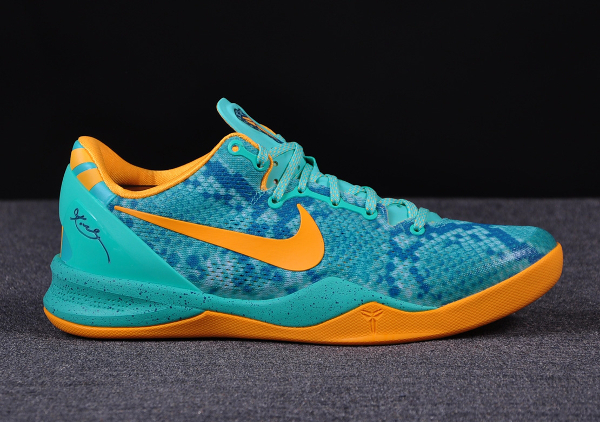 Kobe 8 Low Cut Green