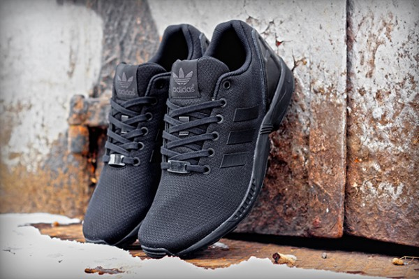 ADIDAS-ORIGINALS-ZX-FLUX-BLACK-ELEMENTS (1)