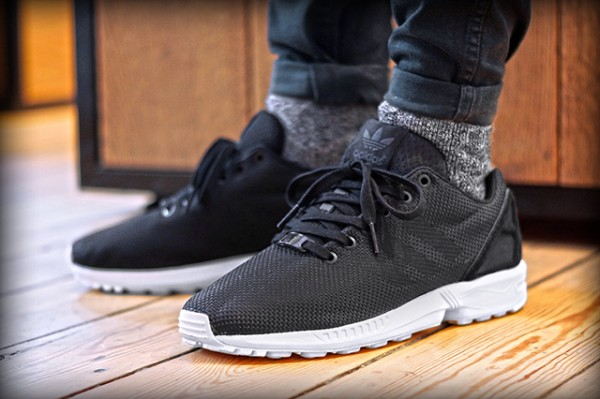 ADIDAS-ORIGINALS-ZX-FLUX-BLACK-ELEMENTS (2)