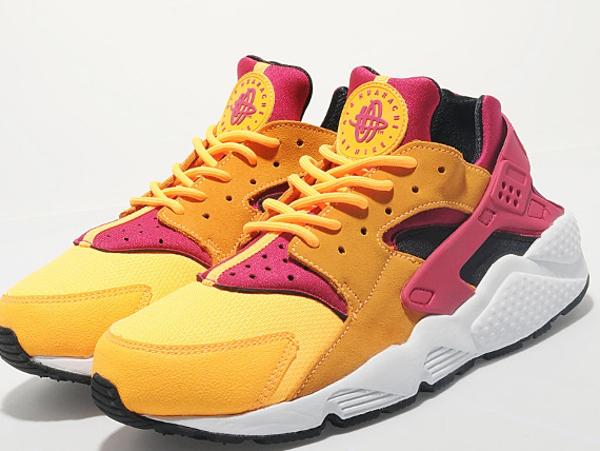 Nike Air Huarache Laser Orange