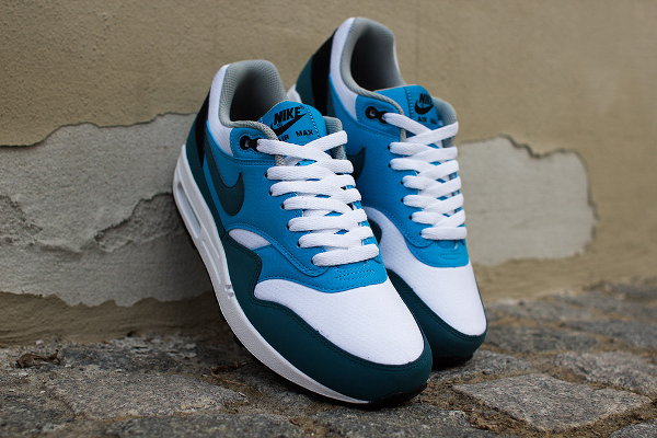 Nike Air Max 1 Essential White Blue-1
