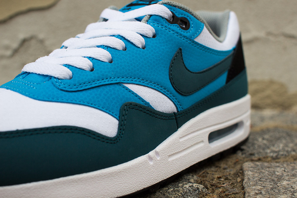 Nike Air Max 1 Essential White Blue-2