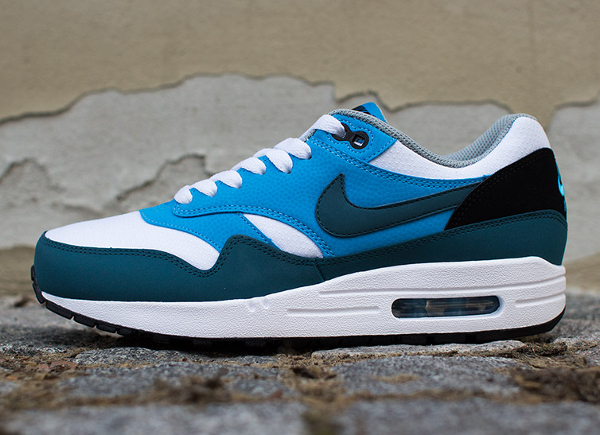 Nike Air Max 1 Essential White Blue