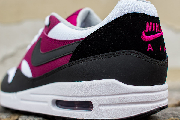 Nike Air Max 1 Essential White Grey Magenta