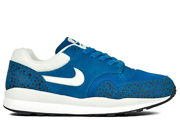 Nike Air Safari-3